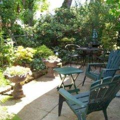 Отель Kitsilano Garden Suites Канада, Ванкувер - отзывы, цены и фото номеров - забронировать отель Kitsilano Garden Suites онлайн бассейн