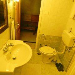 Om Niwas Suite Hotel ванная фото 2