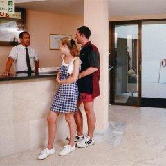 Отель Intertur Apartamentos Waikiki Испания, Торренова - отзывы, цены и фото номеров - забронировать отель Intertur Apartamentos Waikiki онлайн интерьер отеля