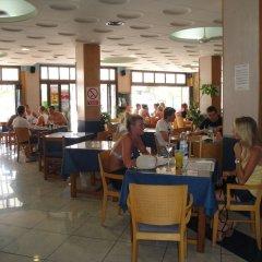 Отель The Red by Ibiza Feeling питание фото 3