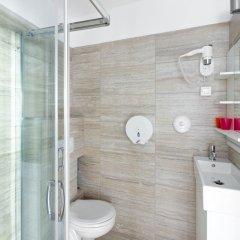 Отель Amber Gardenview Studios ванная