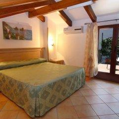 Hotel Due Torri Аджерола комната для гостей фото 5