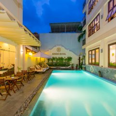 Kiman Hotel бассейн