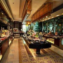 Отель Equatorial Ho Chi Minh City Вьетнам, Хошимин - отзывы, цены и фото номеров - забронировать отель Equatorial Ho Chi Minh City онлайн питание фото 3