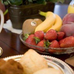 Отель Serenity Bed and Breakfast Канада, Бурнаби - отзывы, цены и фото номеров - забронировать отель Serenity Bed and Breakfast онлайн в номере фото 2