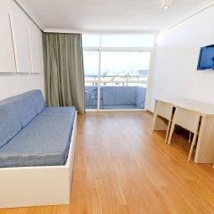 Отель Apartamentos Playasol My Tivoli Испания, Ивиса - отзывы, цены и фото номеров - забронировать отель Apartamentos Playasol My Tivoli онлайн комната для гостей фото 3