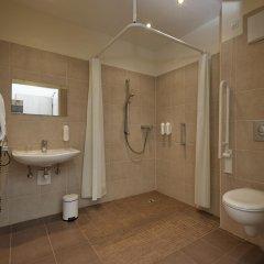Отель H+ Hotel München Германия, Мюнхен - отзывы, цены и фото номеров - забронировать отель H+ Hotel München онлайн ванная фото 2