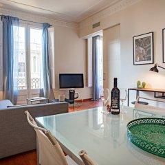 Отель Habitat Apartments Paseo de Gracia Suite Испания, Барселона - отзывы, цены и фото номеров - забронировать отель Habitat Apartments Paseo de Gracia Suite онлайн комната для гостей фото 4