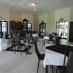 Отель Chaarya Resort & Spa by Chandrika питание фото 2