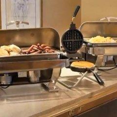 Отель Chicago Club Inn & Suites питание