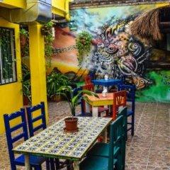 Отель Tres Mundos Hostel Мексика, Плая-дель-Кармен - отзывы, цены и фото номеров - забронировать отель Tres Mundos Hostel онлайн