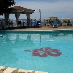 Hibiscus Lodge Hotel бассейн