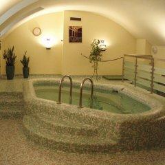Отель Museum Budapest Венгрия, Будапешт - 9 отзывов об отеле, цены и фото номеров - забронировать отель Museum Budapest онлайн бассейн фото 2
