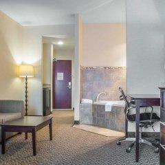 Отель Comfort Suites Cicero комната для гостей фото 4