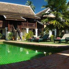 Отель Villa Maydou Boutique Hotel Лаос, Луангпхабанг - отзывы, цены и фото номеров - забронировать отель Villa Maydou Boutique Hotel онлайн бассейн фото 3