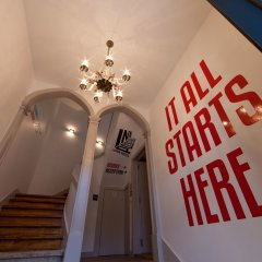 Inn Possible Lisbon Hostel интерьер отеля
