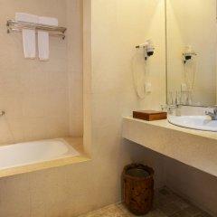 Отель Keraton Jimbaran Beach Resort ванная
