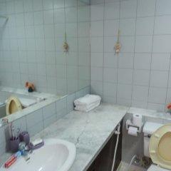 Отель Alex Group Jomtien Plaza Condotel Таиланд, Паттайя - отзывы, цены и фото номеров - забронировать отель Alex Group Jomtien Plaza Condotel онлайн ванная фото 2