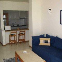 Отель Apartamentos Turisticos Algarve Mor Португалия, Портимао - отзывы, цены и фото номеров - забронировать отель Apartamentos Turisticos Algarve Mor онлайн комната для гостей фото 2