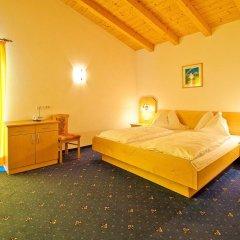 Отель Feuerstein Nature Family Resort Горнолыжный курорт Ортлер комната для гостей фото 3