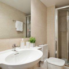 Отель Aspasios Las Ramblas Apartments Испания, Барселона - отзывы, цены и фото номеров - забронировать отель Aspasios Las Ramblas Apartments онлайн ванная фото 2