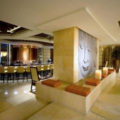 Отель Raffles Dubai гостиничный бар