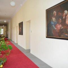 Отель Gästehaus Im Priesterseminar Salzburg Зальцбург интерьер отеля