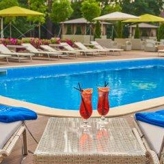 Гостиница City Holiday Resort & SPA бассейн