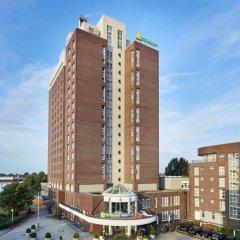 Отель Holiday Inn Hamburg парковка