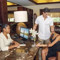 Отель Barcelo Bavaro Beach - Только для взрослых - Все включено Доминикана, Пунта Кана - 9 отзывов об отеле, цены и фото номеров - забронировать отель Barcelo Bavaro Beach - Только для взрослых - Все включено онлайн интерьер отеля фото 3