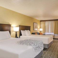 Отель La Quinta Inn & Suites Logan комната для гостей фото 4