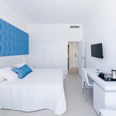 Отель Delfin Playa 4* Улучшенный номер с различными типами кроватей