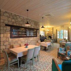 1850 Hotel Alacati Чешме гостиничный бар