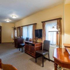 Отель Aurus Чехия, Прага - 6 отзывов об отеле, цены и фото номеров - забронировать отель Aurus онлайн удобства в номере