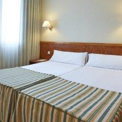 Отель Hesperia Sant Joan Suites комната для гостей