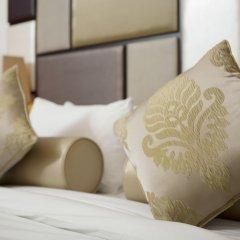 Al Waleed Palace Hotel Apartments Oud Metha сейф в номере