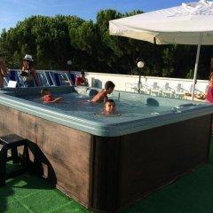 Hotel Pierre Riccione бассейн фото 3