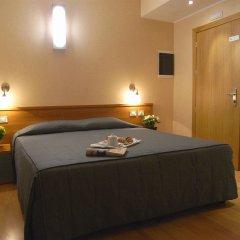 Отель Eurohotel сейф в номере