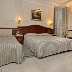 Отель Hiberia Италия, Рим - 1 отзыв об отеле, цены и фото номеров - забронировать отель Hiberia онлайн сейф в номере