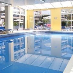Отель Apartamentos Roc Portonova бассейн