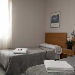 Отель Hostal Lami Испания, Эсплугес-де-Льобрегат - 5 отзывов об отеле, цены и фото номеров - забронировать отель Hostal Lami онлайн комната для гостей