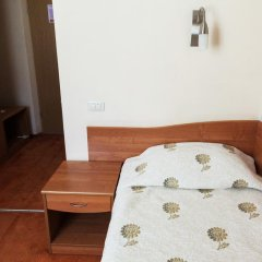 Гостиница Максима Славия сейф в номере