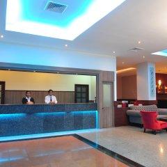Отель Euro Grande Бангкок бассейн