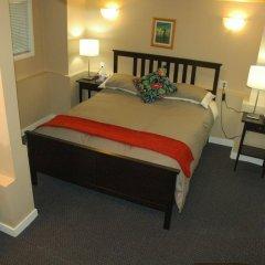 Отель Cambie Lodge B&B Канада, Ванкувер - отзывы, цены и фото номеров - забронировать отель Cambie Lodge B&B онлайн сейф в номере
