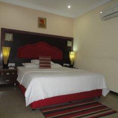 Отель SDM Tavern and Suites комната для гостей фото 3