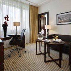 Отель Bristol Berlin Германия, Берлин - 8 отзывов об отеле, цены и фото номеров - забронировать отель Bristol Berlin онлайн интерьер отеля фото 3