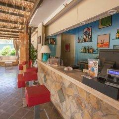 Отель Baia Chia - Chia Laguna Resort Италия, Домус-де-Мария - отзывы, цены и фото номеров - забронировать отель Baia Chia - Chia Laguna Resort онлайн интерьер отеля