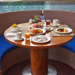 Отель Holiday Inn Resort Phuket Mai Khao Beach в номере