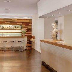 Best Western Atrium Hotel гостиничный бар