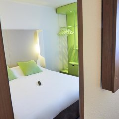 Отель Campanile Paris Est - Pantin комната для гостей